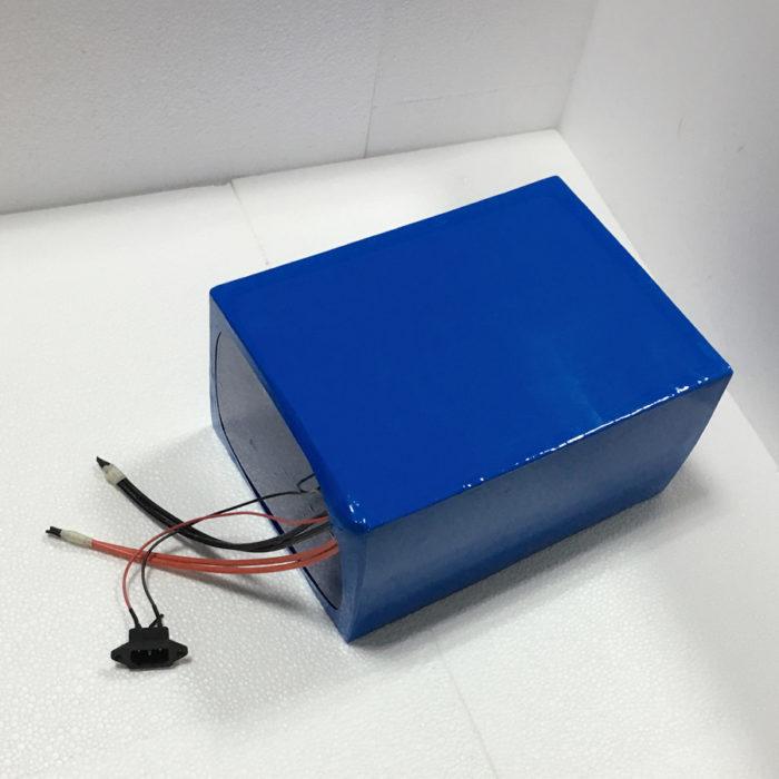 Литиевый аккумулятор и зарядное устройство для электровелосипеда
