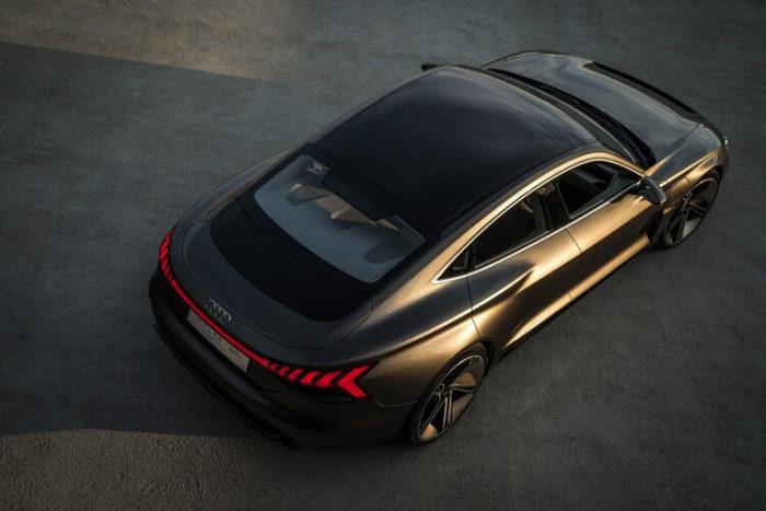 Платформа Электрический кроссовер Audi e-tron GT