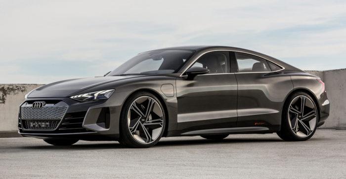 Скорость Электрический кроссовер Audi e-tron GT