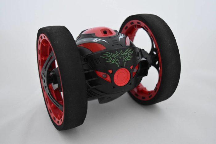 Stunt bounce car
