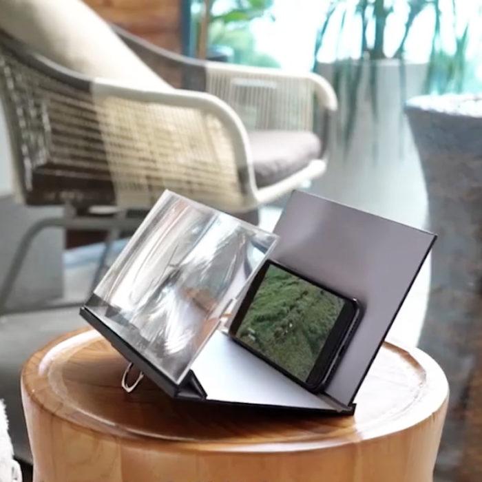 Magnifier screen 3d