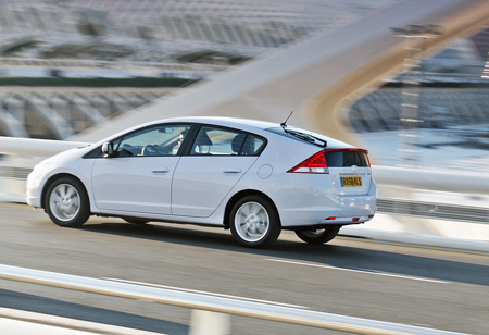 Honda Insight Гибрид на мосту