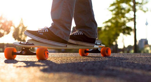 Чем отличается лонгборд от скейтборда: разница, как научится кататься и  трюки