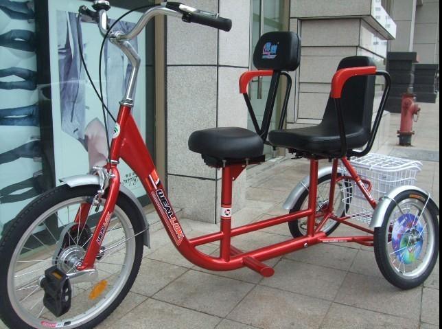Двухместный трехколесный велосипед для взрослых